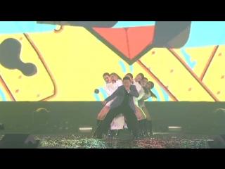 [Видео] Концерт PSY -