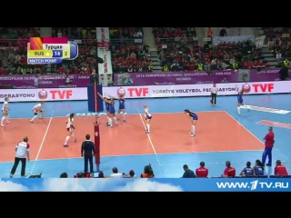 Женская сборная РФ по волейболу на старте олимпийского отборочного турнира обыграла команду Польши