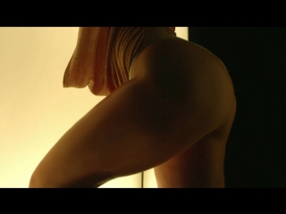 Jennifer Lopez - Booty ft. Iggy Azalea (Hot Ass Cleavage )