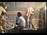 Cannibal Corpse behind the scenes in ace ventura (RARE)