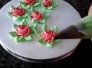 Como Fazer Rosas de Chantilly utilizando bico 1M Wilton