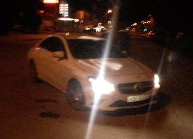 В Таганроге столкнулись BMW X6 и Mercedes-Benz