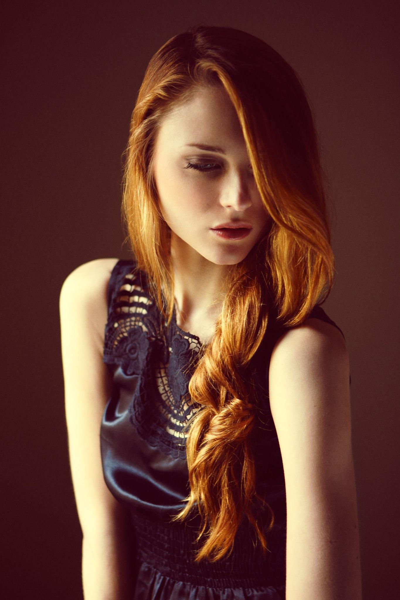 Рыжие худые девушки 7 фотография