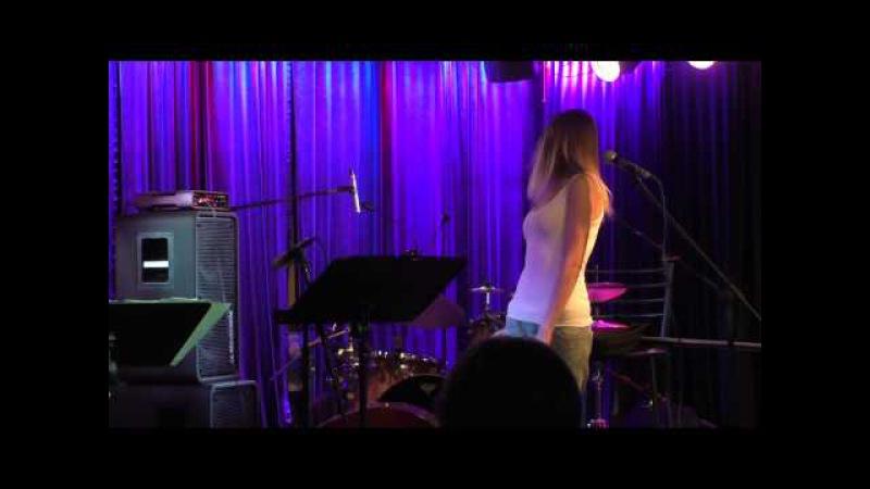 Дарья Шорр - Триумф после концерта в Клубе Алексея Козлова 29.06.2015