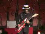 Ball and Biscuit-The White Stripes (Elephant)