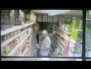 Видеозапись с камер наблюдения в супермарките