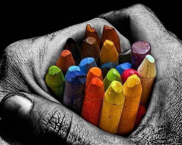 Мы все как карандаши . Каждый рисует свою судьбу. Кто-то ломается, кто-то тупит,...