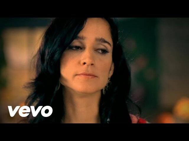 Julieta Venegas - Me Voy (Video Oficial)