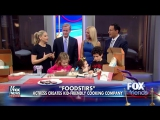 Sarah Michelle Gellar at FOX & FRIENDS (3 февраля 2016)