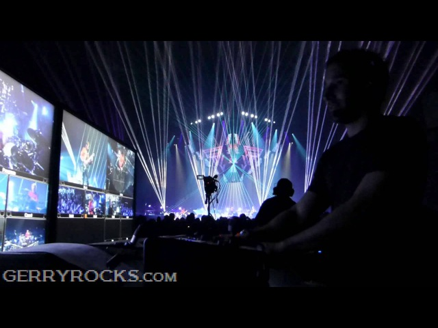 Muse,Survival, with Tom Kirk, LIVE, Allphones Arena, Sydney Australia 2013 (Final show)
