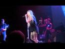 Avril Lavigne - Complicated (Live @ O Starry Night 10.12.2013)