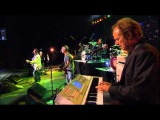 Ringo Starr &amp His All Starr Band feat. Colin Hay - Down Under (2008)