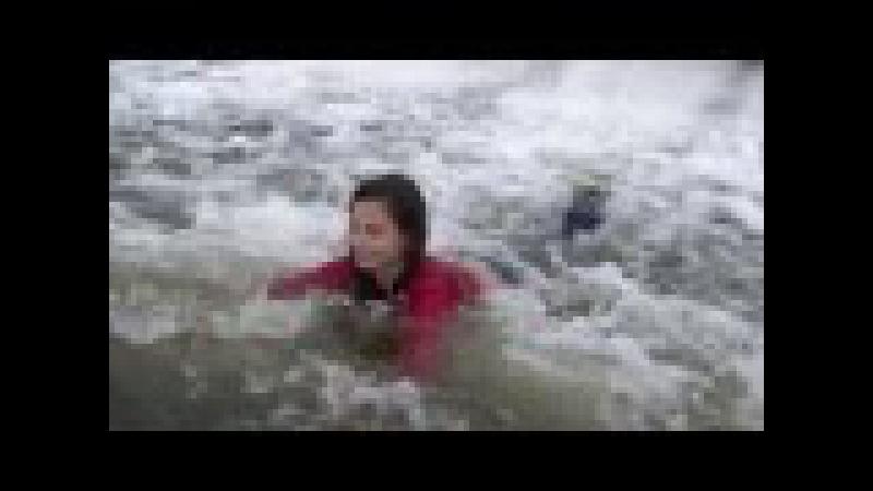 Wetlook Gossin - Girl in river 1