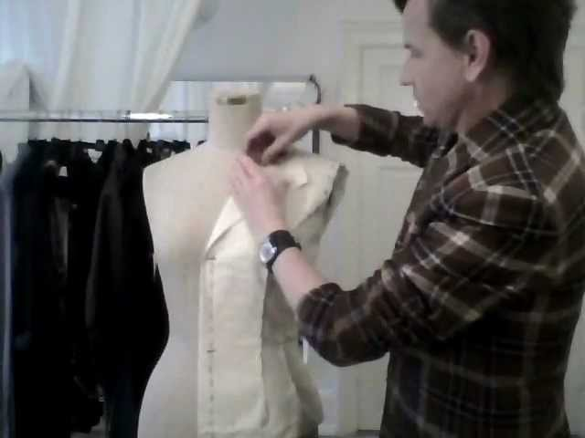 4. How to drape a basic ladies' jacket, the notched collar - by bespoke tailor Sten Martin