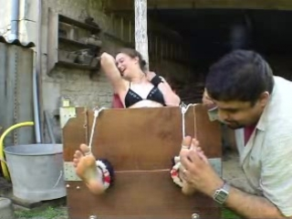 Tickling-Videos.com - FrenchTickling - Zoe 01-05