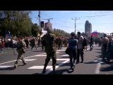 Как Донецк встречал парад военнопленных