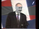 Михалков 1996 1996 год. Лизоблюд за лизанием задницы начальника.