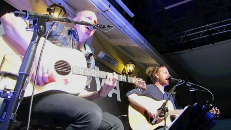 Duo Kovaralli Juodaan viinaa live @ Laiturikahvila