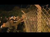 Нелегальные мигранты вновь штурмуют туннель пол Ла-Маншем