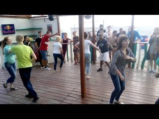 Сальса вечеринка в баре Sun Dali