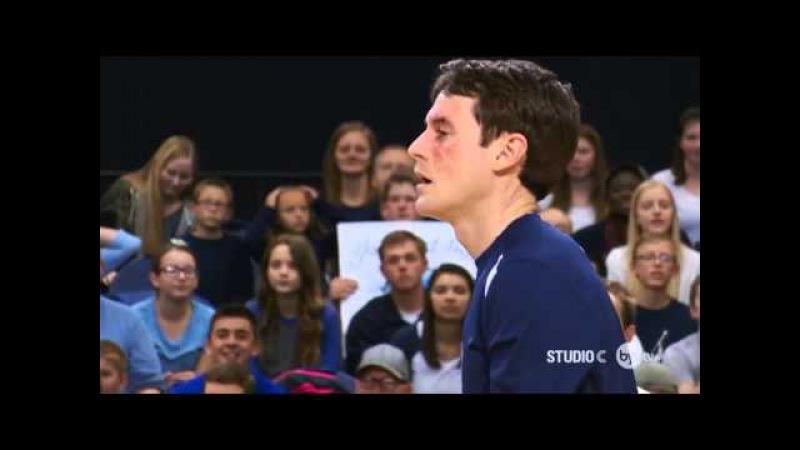 Лучший в мире игрок в волейбол Прикол!Как нужно отбивать в волейболе