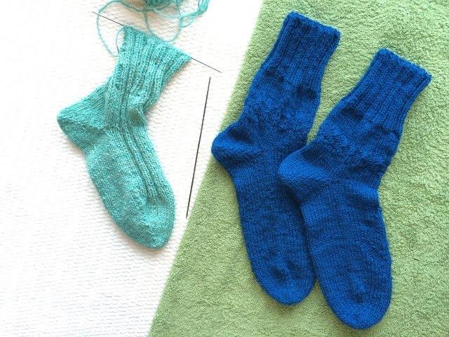 Вязание носки от мыска на двух спицах без шва Knitting socks on two needles without seam