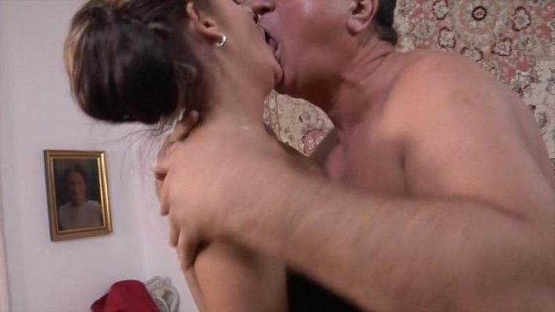 La Mamma Tradita  Предательство Матери (Mario Salieri, ATV) 2015 (Feature, Old & Young, порно, секс)