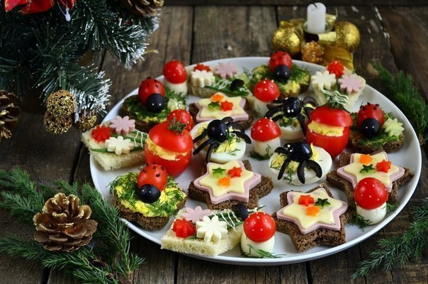 Закуски на новый год и рецептами на шпажках