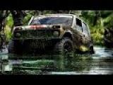 машина джип по бездорожью испытание в грязи.
