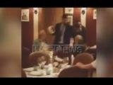 Видео нападения на Касьянова с тортом в ресторане Москвы 10.02.2016