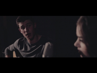 Shawn Mendes  Hailee Steinfeld - Stitches (Acoustic)