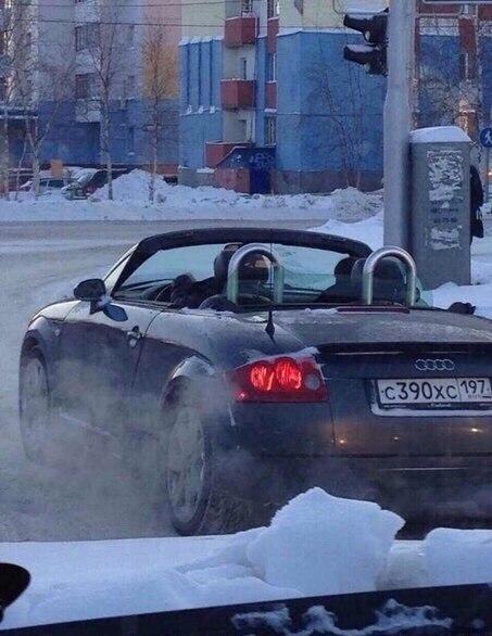 Кабриолет с московскими номерами в Сургуте в -30