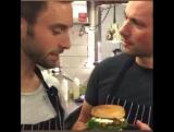 Не забудьте посетить ресторан Vigårdas и купить гамбургер