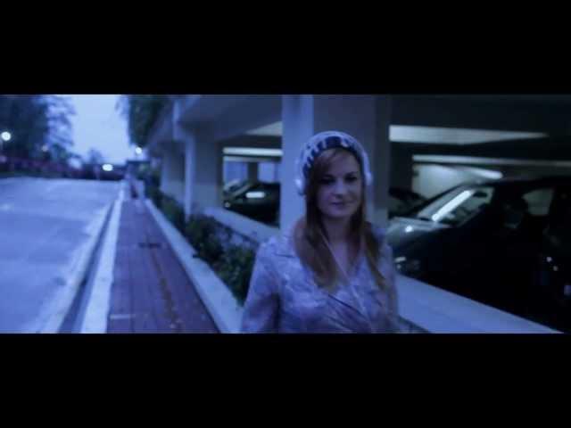 Carla's Dreams feat. INNA - P.O.H.U.I. | Videoclip Oficial