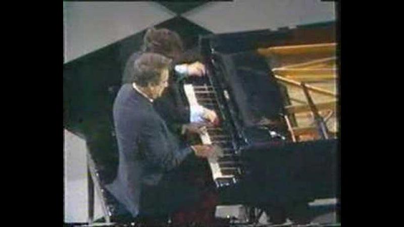 Victor Borge - Hungarian Rhapsody No. 2 piano jokes