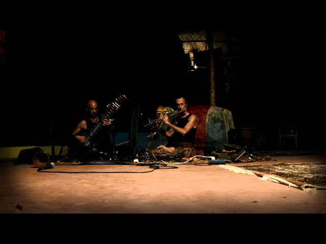 Avi Adir Kristian Jyoti 3 (live concert Anjuna, GOA 2012)
