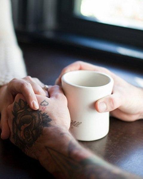 - Будеш каву?- Буду.- З