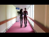 Две девушки в латексе на прогулке по офису - YouTube