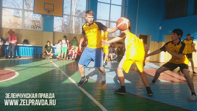 В Зеленчукской сразились лучшие баскетболисты района