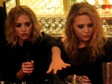 Meeting Mary-Kate and Ashley Olsen - Fashion's Night Out 2009, NYC