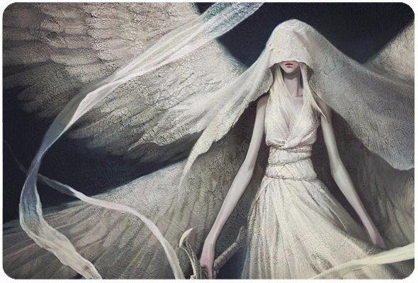 Наши ангелы всегда с нами, и часто они используют чьи-нибудь губы, что
