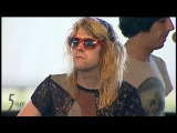 Ariel Pink refusing to sing Fright Night (Coachella 2011)