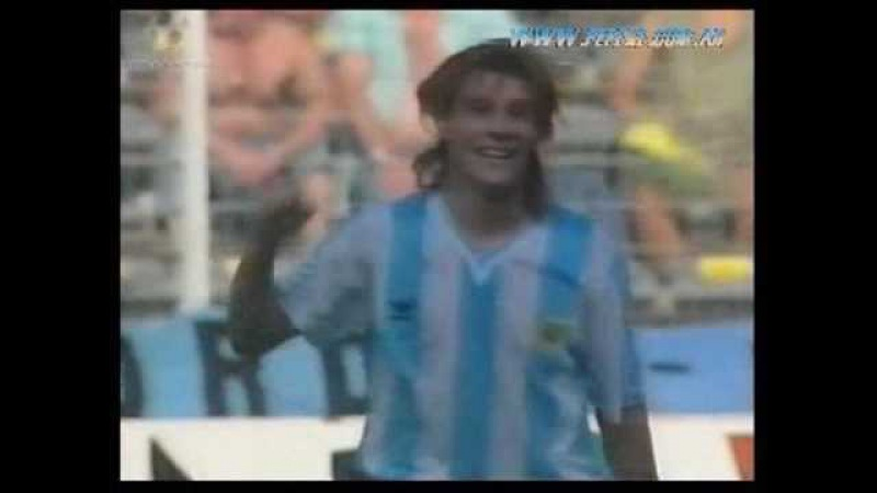Italia 1990 - Caniggia gol a Brasil relatado por Victor Hugo Morales