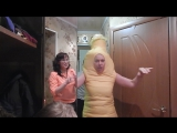 Гости пришли в необычных костюмах!