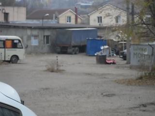 фура снесла газопровод возле работы 03.11.2015 в 14:20 Каменка,ул. 2-й Пятилетки 23а