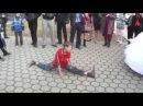 Котлас паренёк танцует цыган попрошайка на свадьбе руские и цыгани жесть сольвычегодск