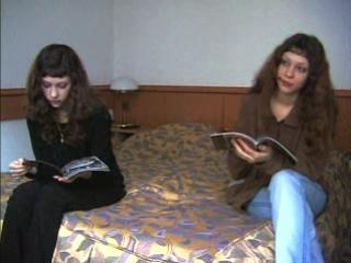 порно кастинг русских близняшек