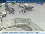4 ДТП за Минуту на не слишком оживленном Перекрестке в Китае
