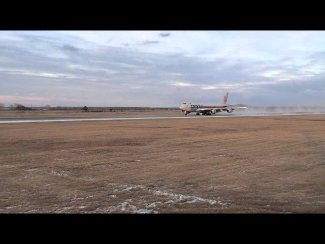 Посадка Cargolux Italia, B747 | Толмачево | 2.11.15