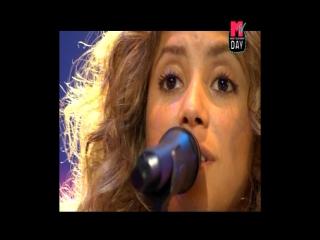 Shakira - No - Live at MTV Day 29-06-05